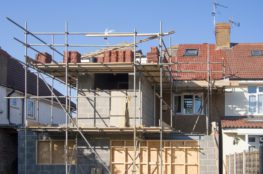 A Step-By-Step Guide to Erecting a Scaffolding